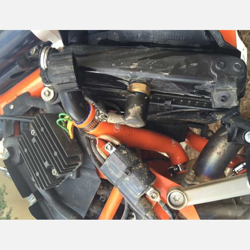 Silicone radiator hose for KTM 690 SMC Enduro R 2008 2009 2010 2011 2012
